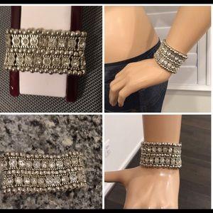 Jewelry - 🌹NWT Multi-Rhinestone Risk Band